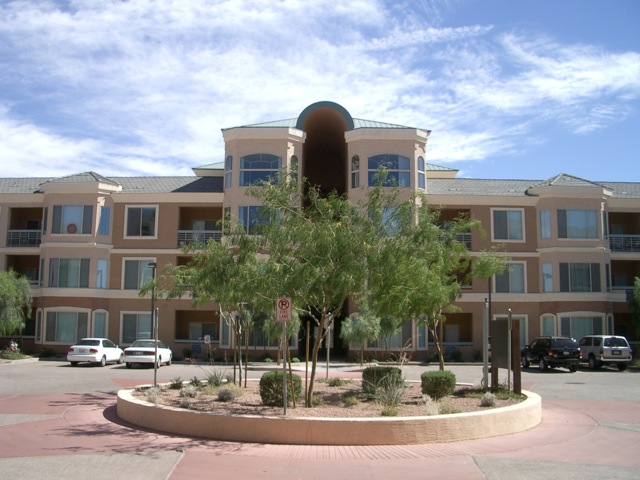 Regatta Pointe- Condos in Tempe
